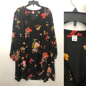 Old Navy tunic long sleeve dress. Black floral.